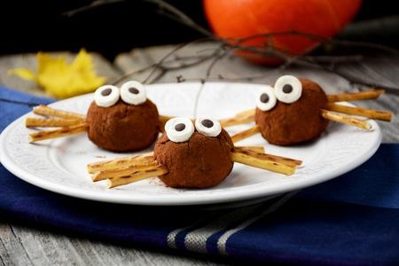 Healthier Halloween Treats.jpg