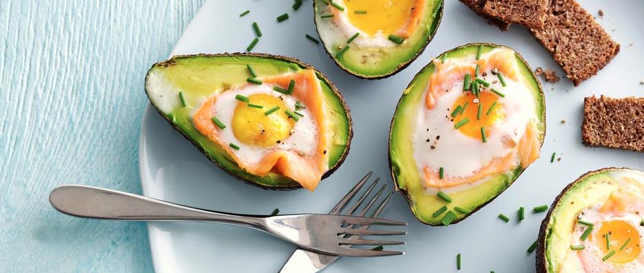 7. Baked avocado with smoked salmon and egg