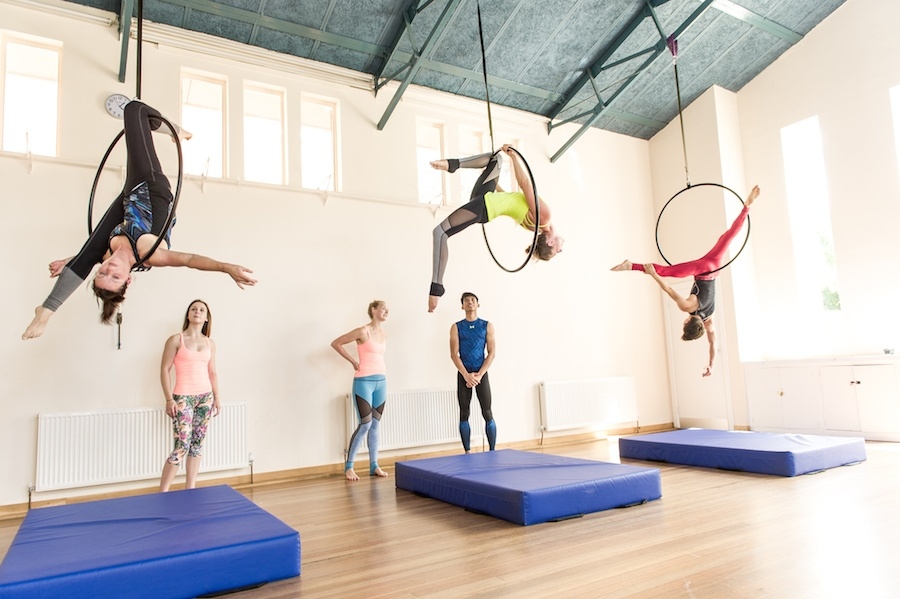 Flying Fantastic London MoveGB Aerial Hoop Guide