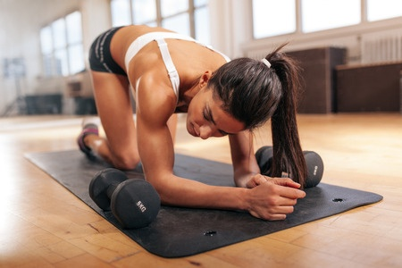 girl-mid-press-ups-taking-rest.jpg