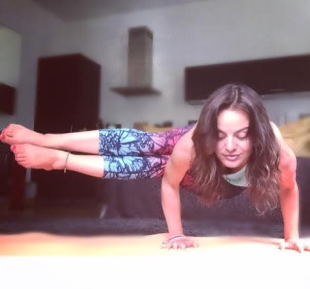 amelia_yoga_2